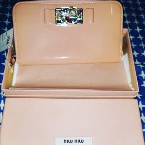 Miu Miu wallet with box